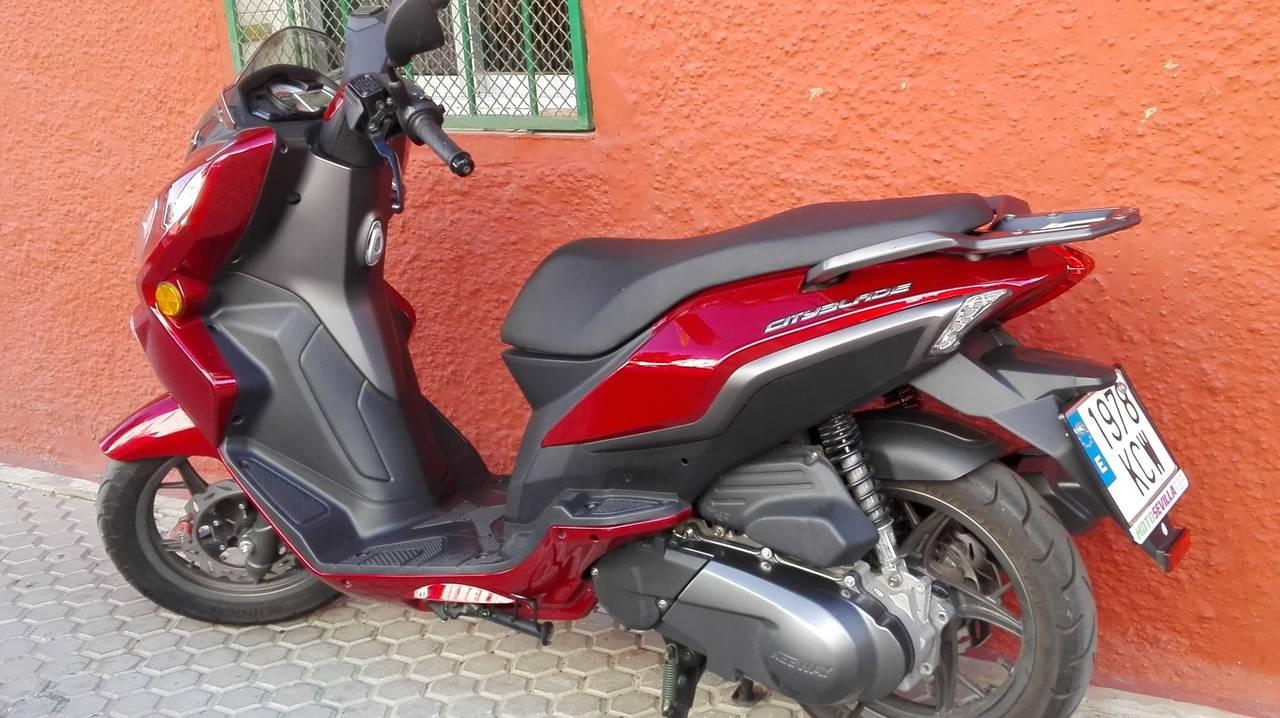 HAGO REPARTOS A DOMICILIO EN MOTO PARA SEVILLA CAPITAL, ECONOMICO  - Foto 2