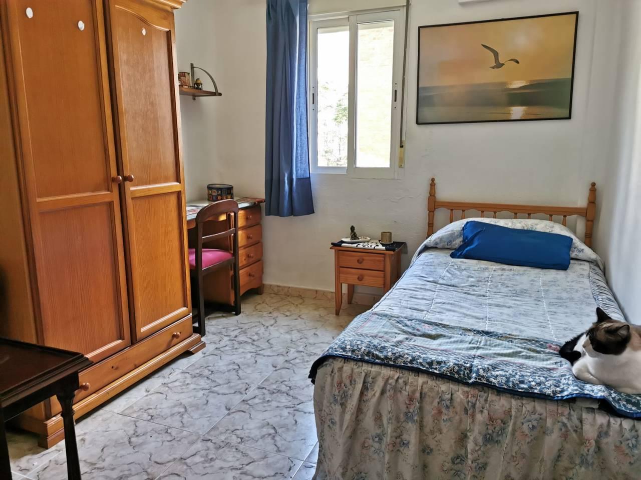 Habitación en Alquiler Zona Los Remedios  - Foto 1
