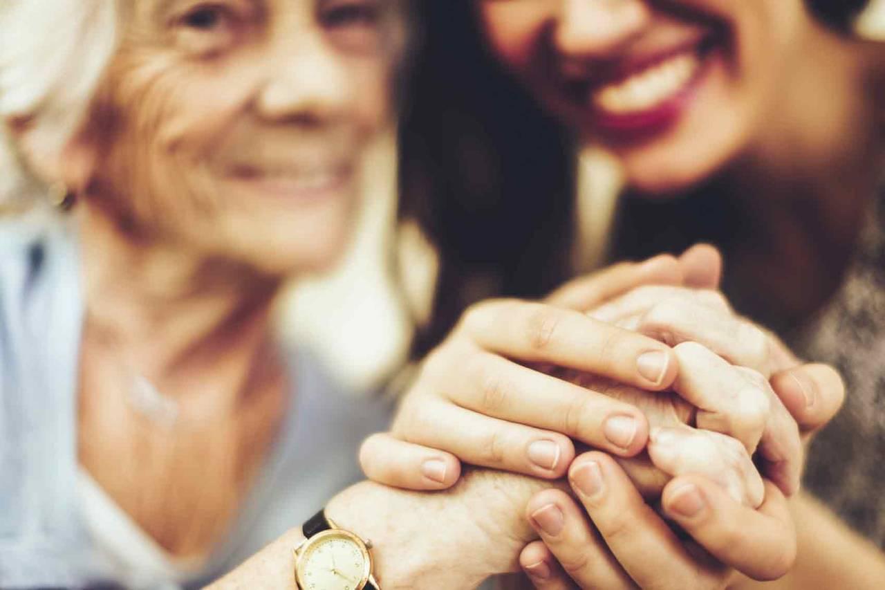 Se ofrece señora para el cuidado de Mayores en su vida del día a dí...  - Foto 4