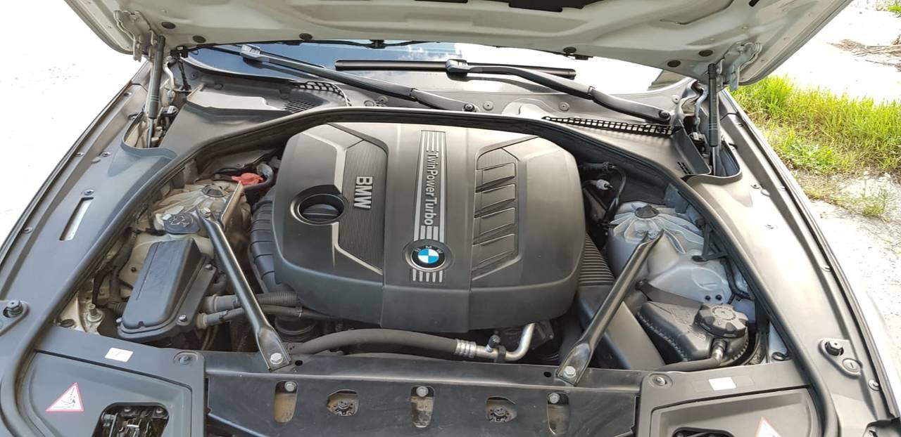 BMW Serie 5 f10 520d automático  - Foto 2
