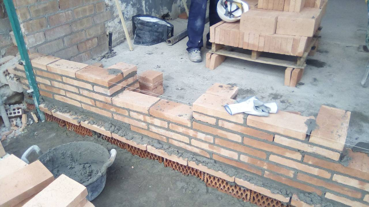 Constructor y oficial de albañileria  - Foto 4