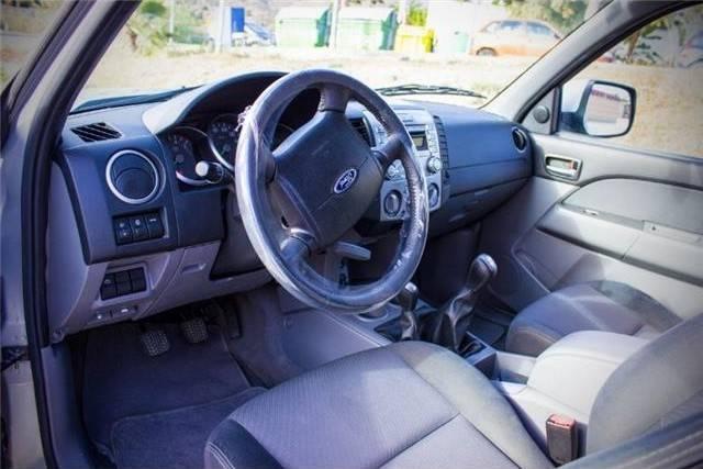 Ford Ranger 2.5TDCi DCb. XLT  - Foto 3