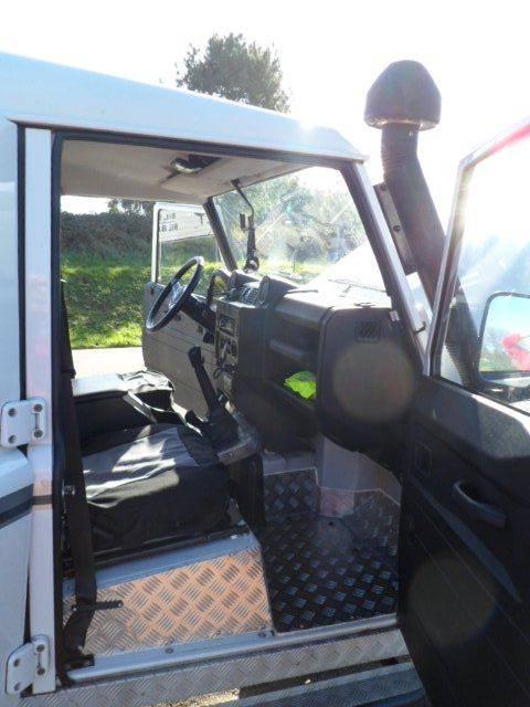 Land Rover Defender 110 SW SE  - Foto 4
