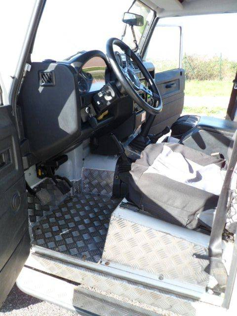 Land Rover Defender 110 SW SE  - Foto 3