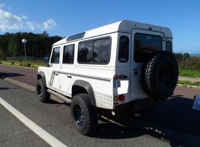 Land Rover Defender 110 SW SE  - Foto 1