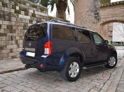 Nissan Pathfinder 2.5dCi LE Aut. DPF  - Foto 2