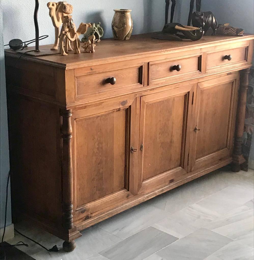Aparador madera 3 puertas  - Foto 1