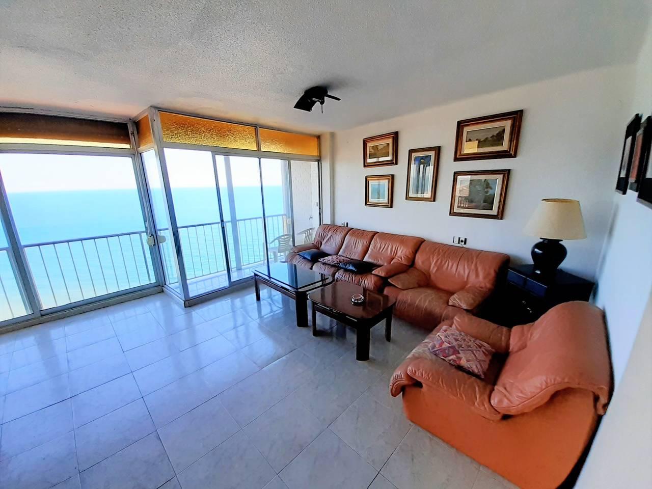 Particular vende piso en primera linea de playa en Faro de Cullera  - Foto 3