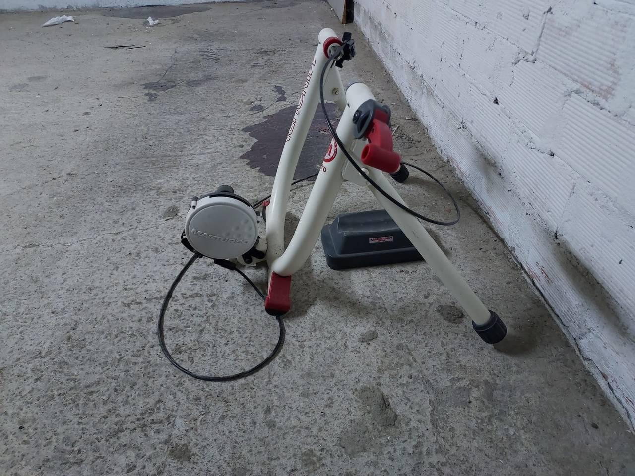 Rodillo de entrenamiento bicicleta.  - Foto 4