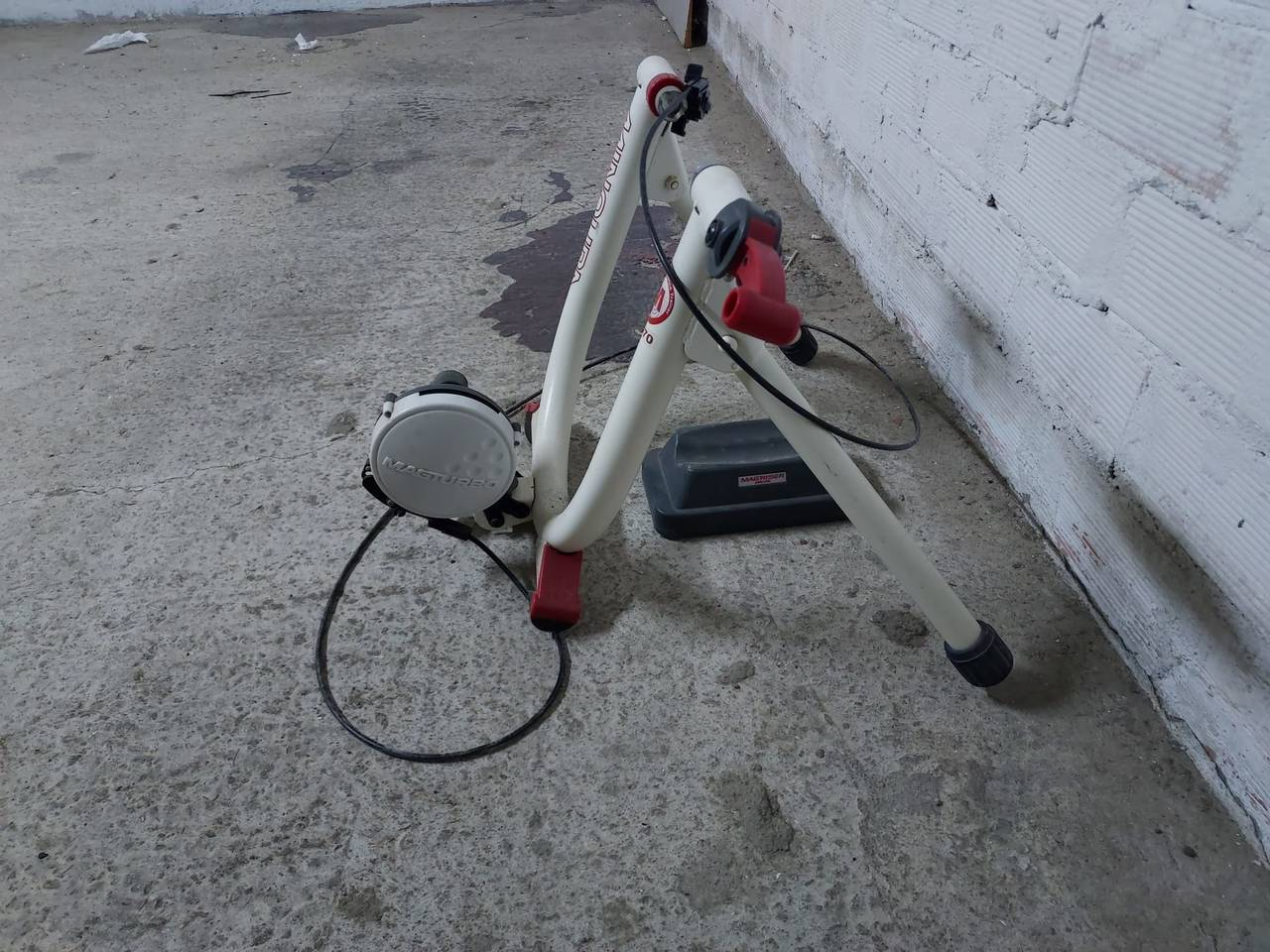 Rodillo de entrenamiento bicicleta.  - Foto 2