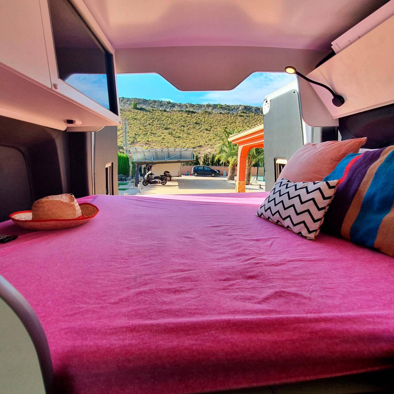 Alquiler furgoneta Camper en Alicante Mercedes  - Foto 8