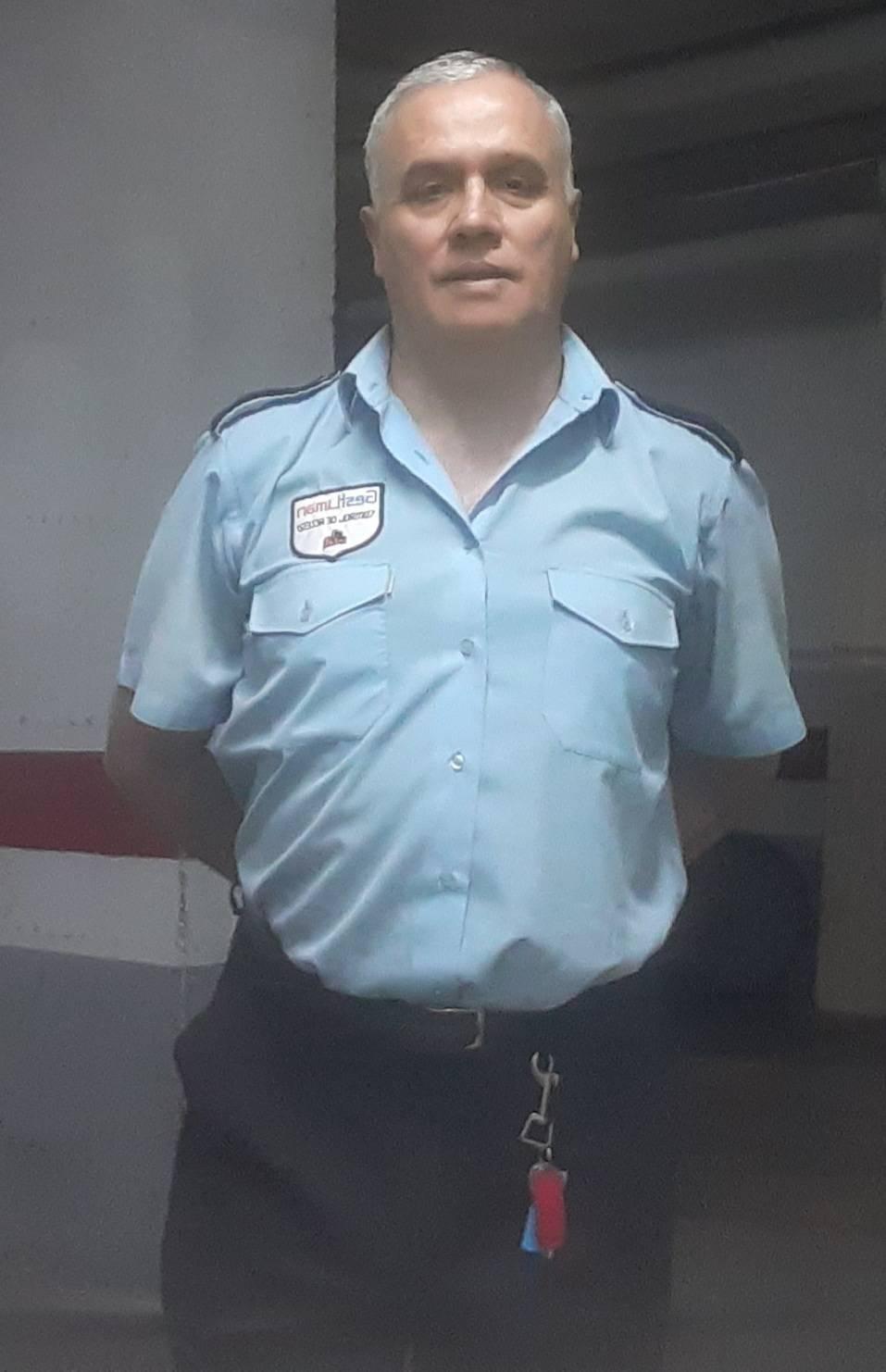 BUSCO TRABAJO EN EMPRESA DE SERVICIOS, CONTROLADOR DE ACCESOS, REPARTO  - Foto 1