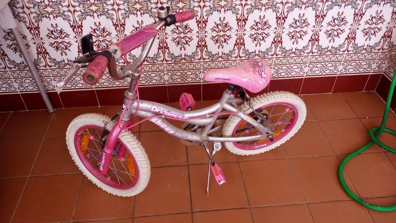 Bicicleta niña  - Foto 1