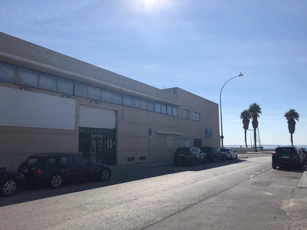 NAVE EN P. EMP. DE LEVANTE, C/ ALCALÁ DE LOS GAZULES 1ª LINEA BAHÍA  - Foto 4