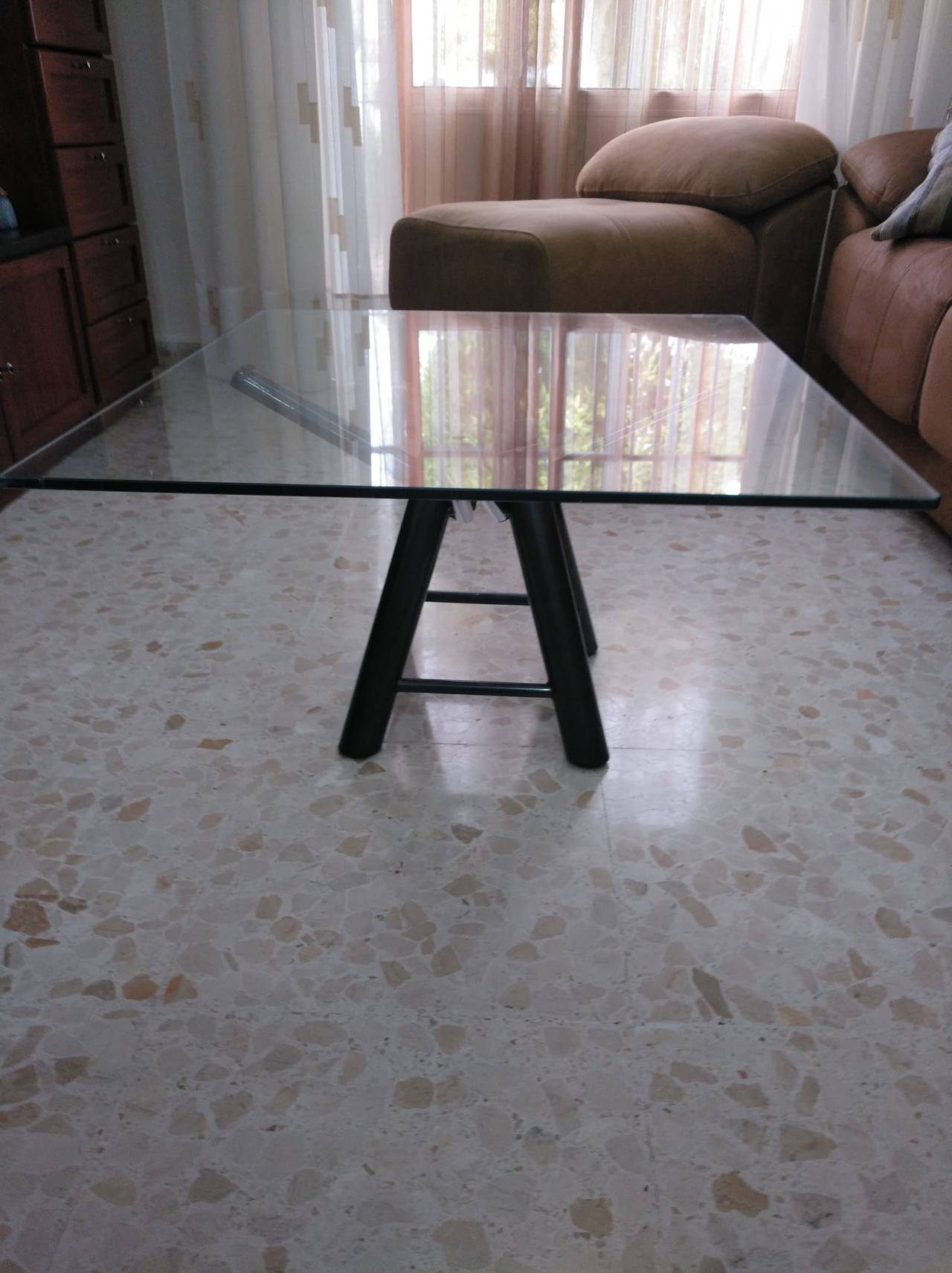 Mesa y sillas  - Foto 4