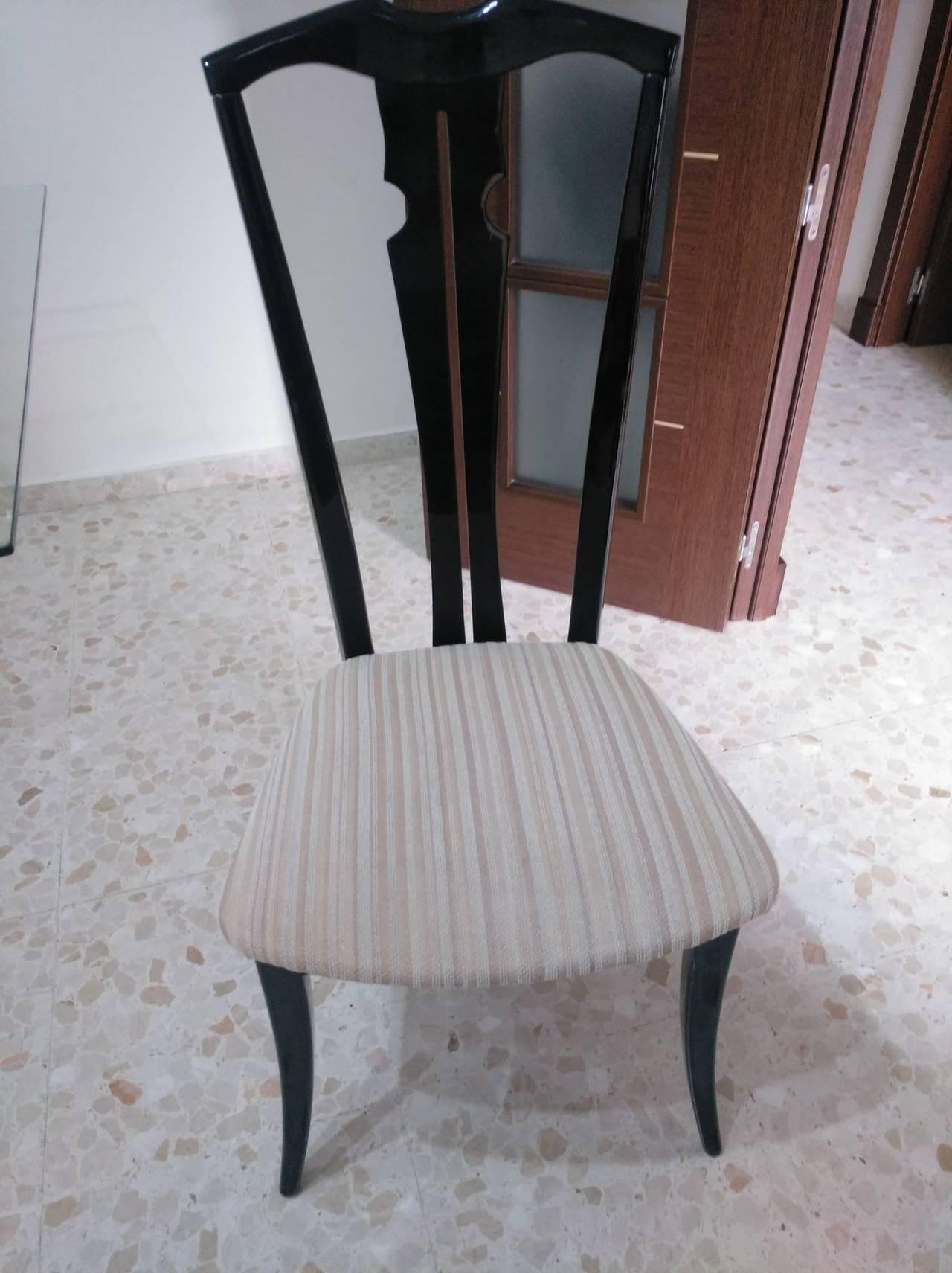 Mesa y sillas  - Foto 2