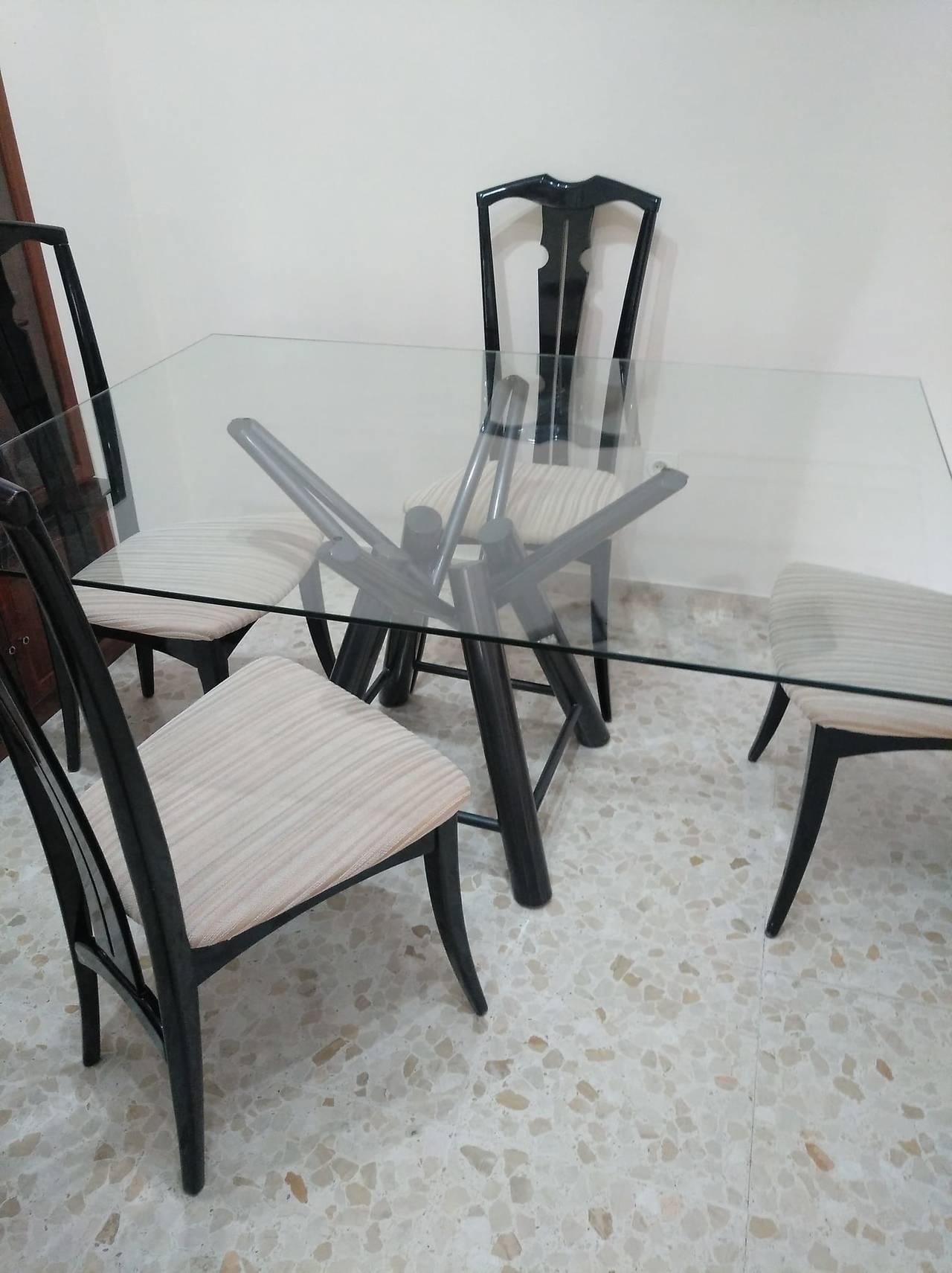 Mesa y sillas  - Foto 3