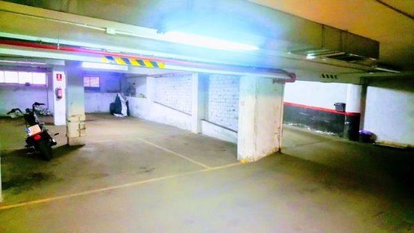 Amplia plaza de garaje para moto en Panizo 58  - Foto 2