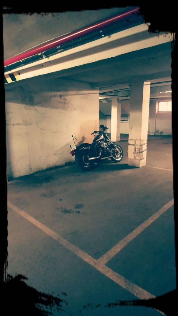 Amplia plaza de garaje para moto en Panizo 58  - Foto 1
