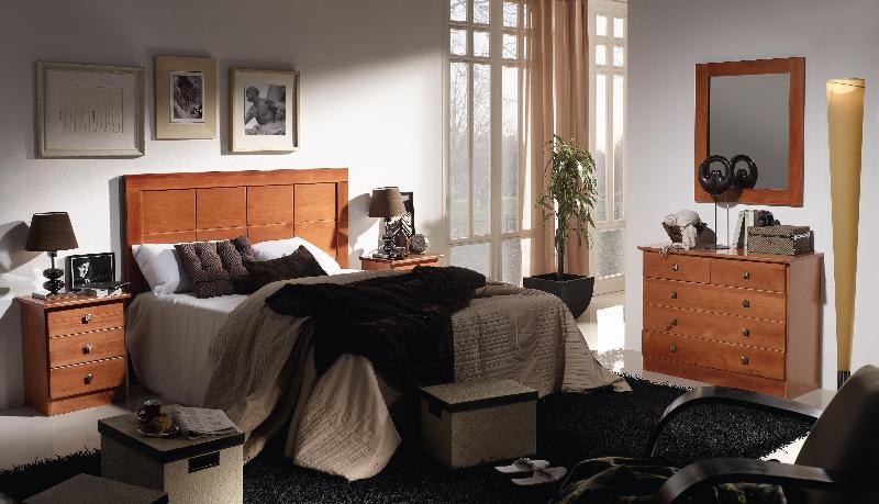Dormitorio de matrimonio macizo en color cerezo completamente