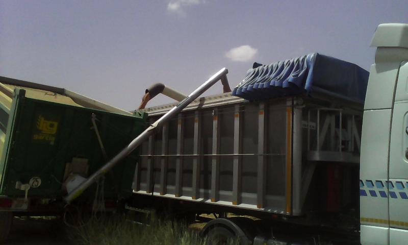 SINFIN PLEGABLE abatible hidráulico para remolque agricola  - Foto 6