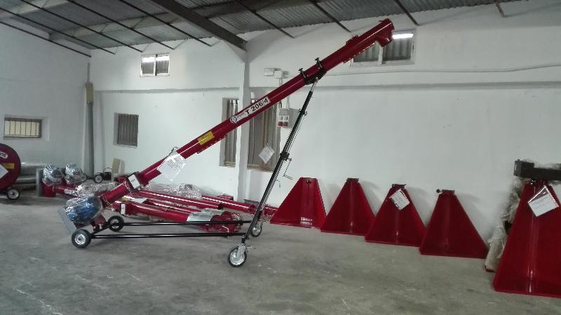 Sinfín eléctrico móvil  largo 8m para granos y abonos